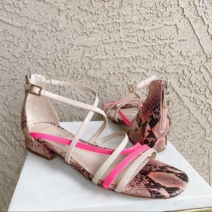 LOUISE ET CIE NWOT Snakeskin Eleri Sandals